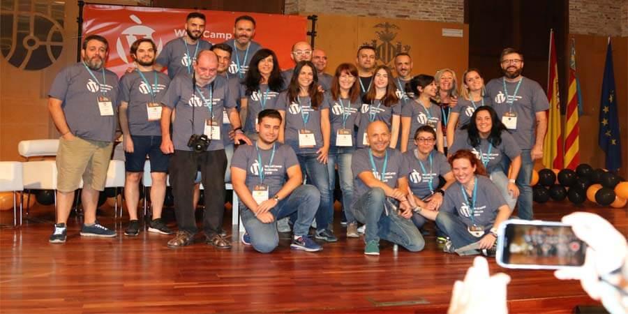Foto de María de la Calzada: El equipo de organizadoras y voluntarias